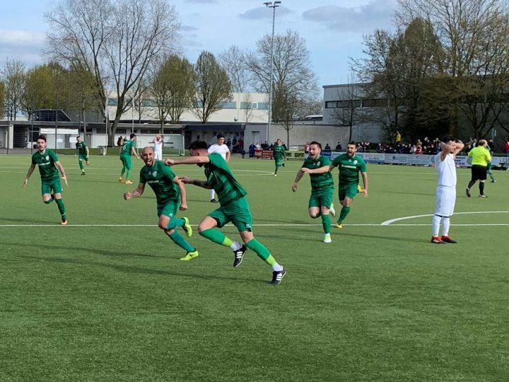 2:2 beim Verfolger: FC Gütersloh III verteidigt Platz eins