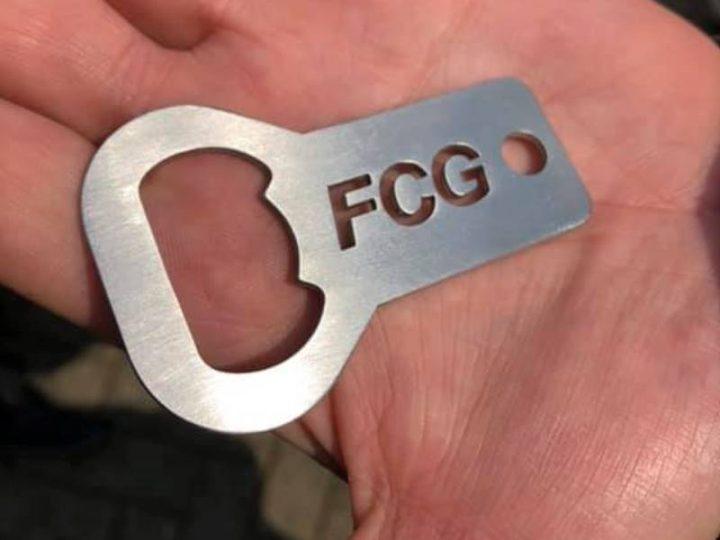 FCG-Flaschenöffner als Ostergeschenk