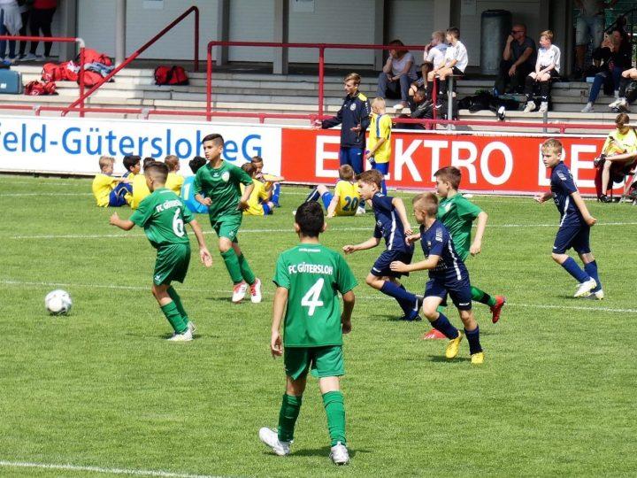 E2-Junioren beim PT Cup im Mittelfeld