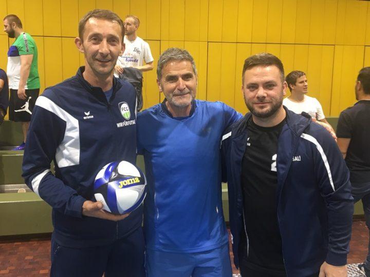 FCG-Trainer treffen einen der besten Futsaltrainer der Welt