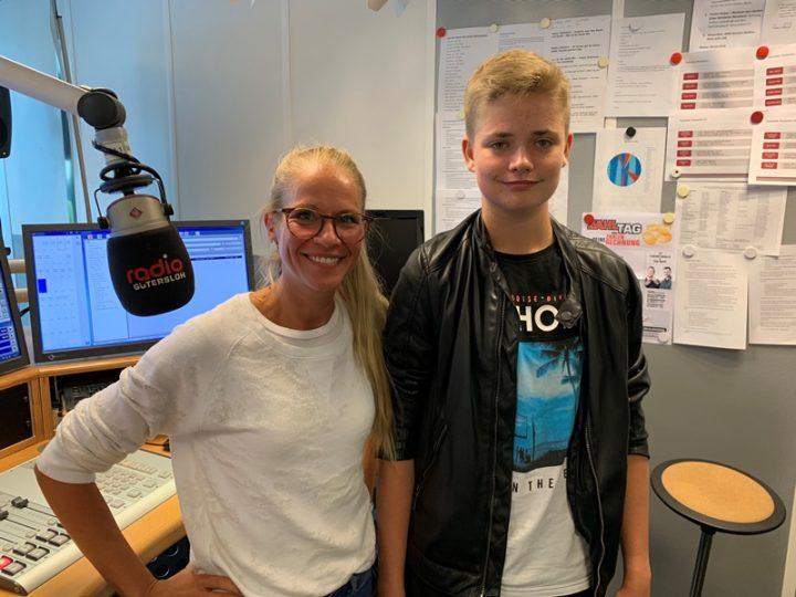 FCG-Schiedsrichter Lukas Kronefeld bei Radio Gütersloh