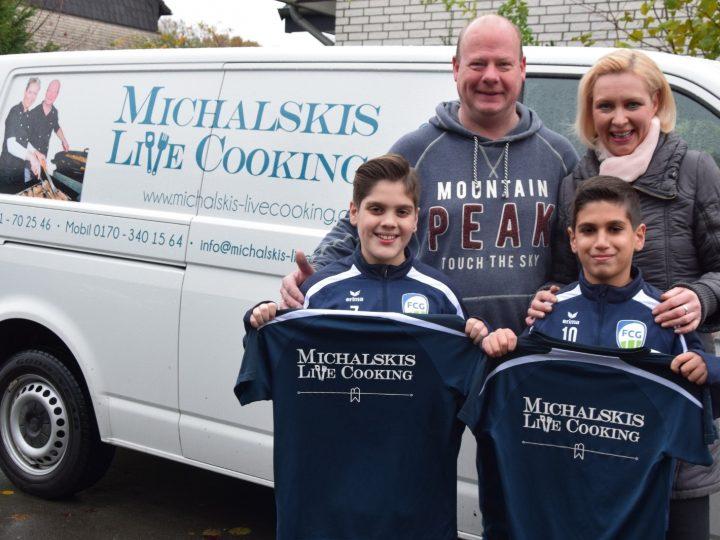 Michaelskis Live Cooking unterstützt die D2-Junioren
