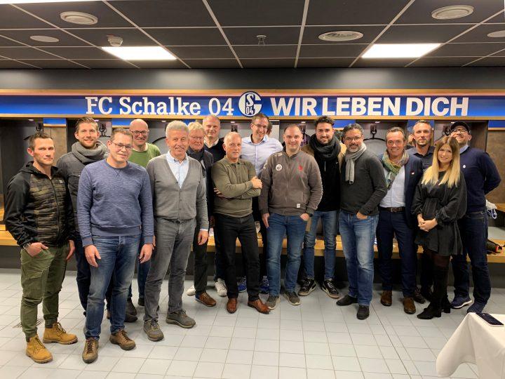 Kabinengespräch des FC Gütersloh beim FC Schalke 04