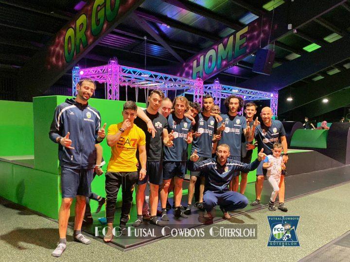 FCG Futsal Cowboys in der Superfly Bielefeld Trampolinhalle (Video)