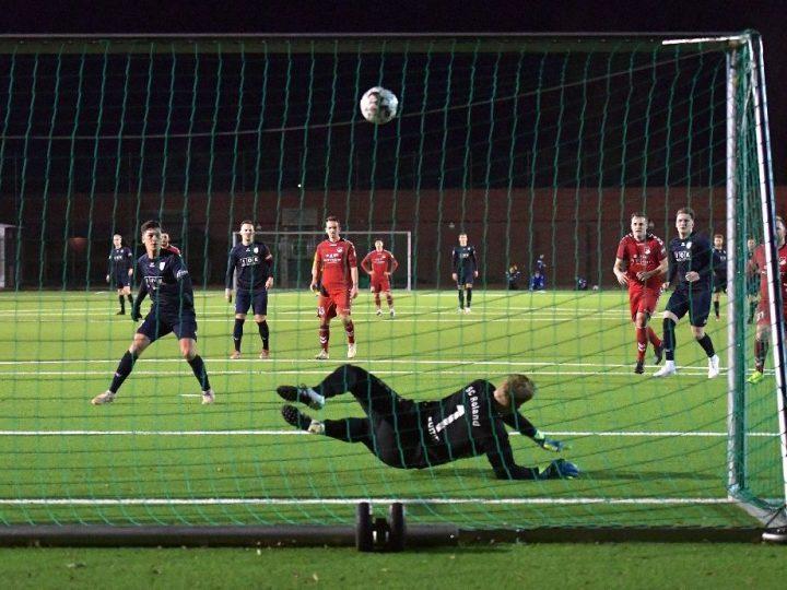 Dominanter FC Gütersloh bezwingt SC Roland mit 2:0