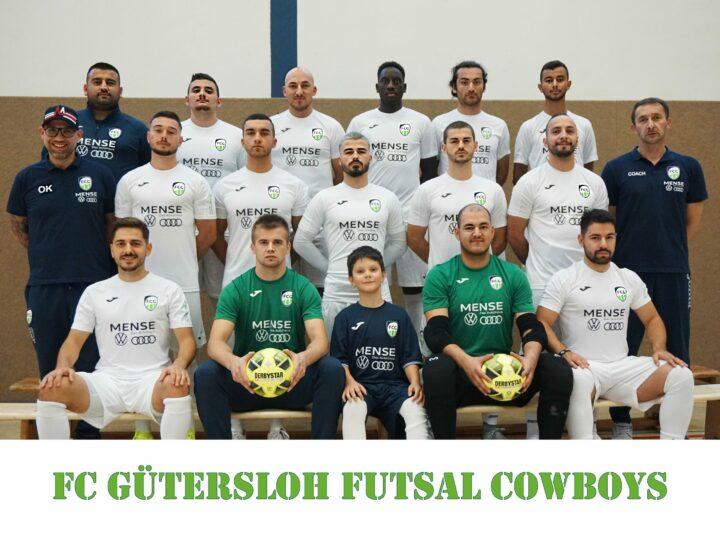 FCG Futsal Cowboys mit neuen Spieler-Portraits und neuem Teamfoto