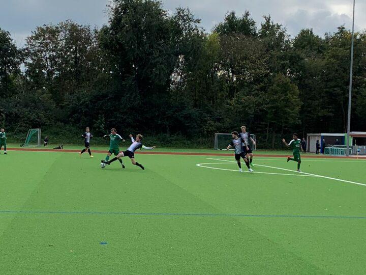 Unberechenbare Dritte verliert 1:3 gegen den FC Sürenheide